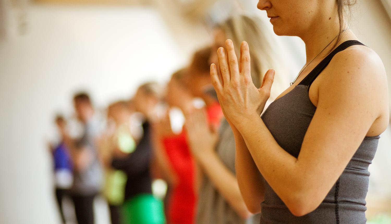 Инбаунд йога в център Фрейле