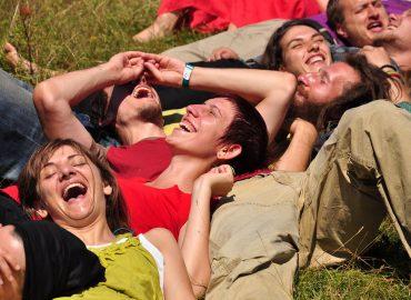 Йога на смеха - център Фрейле